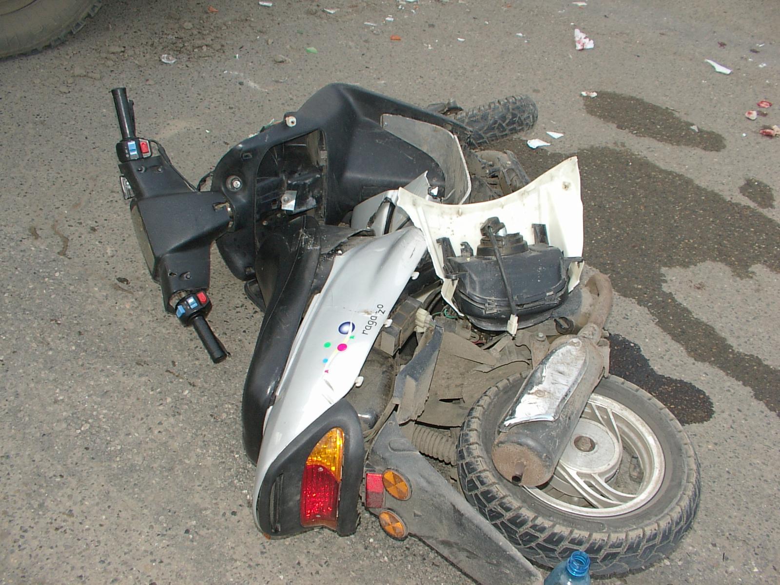Хендай сбил 17-летнего скутериста наперекрестке вКурчатовском районе