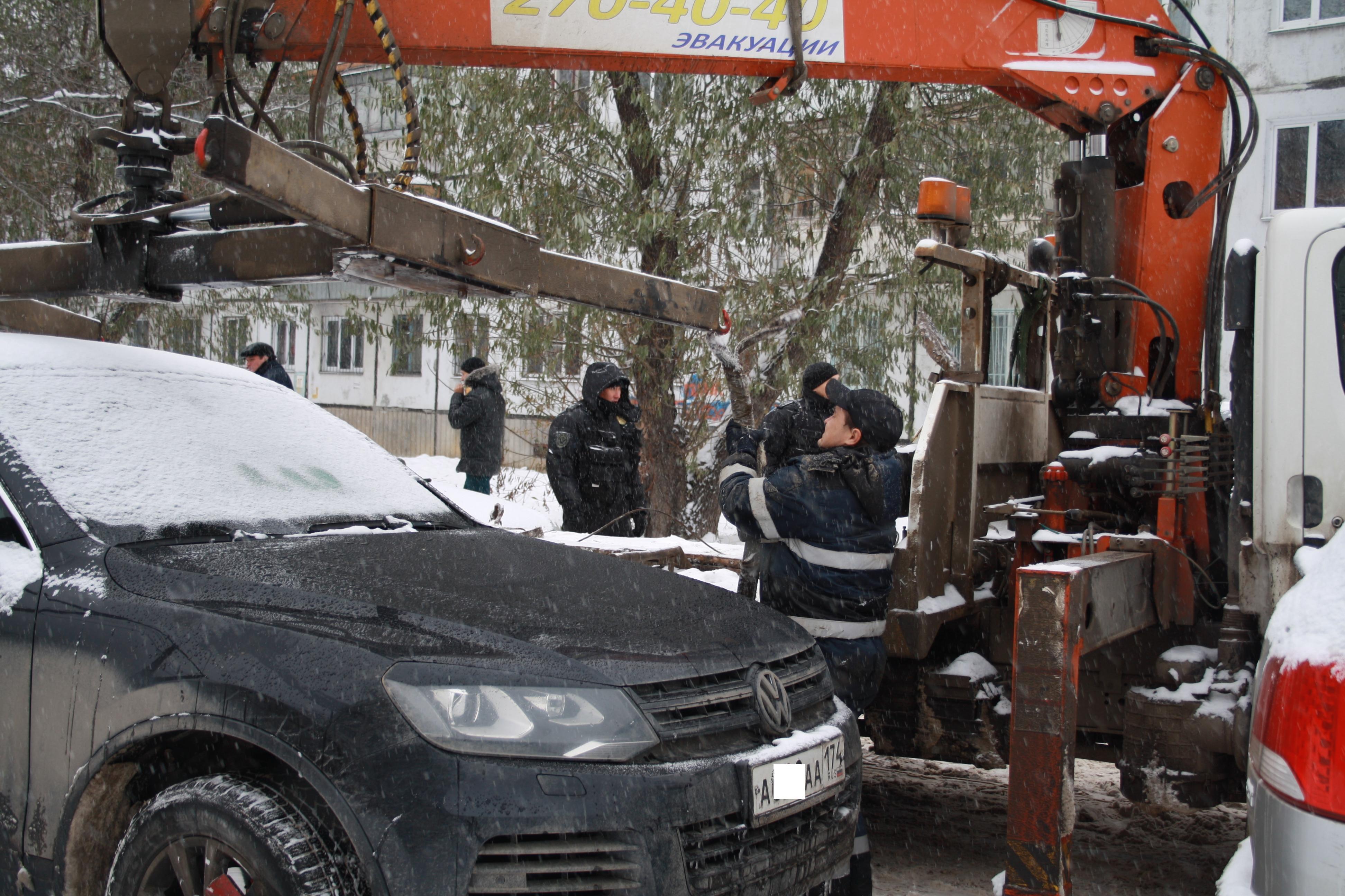 Изъятие автомобиля вЧелябинске как при разборках в90-е