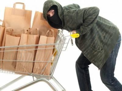 ВЧелябинске продавщица обокрала вмагазине покупательницу