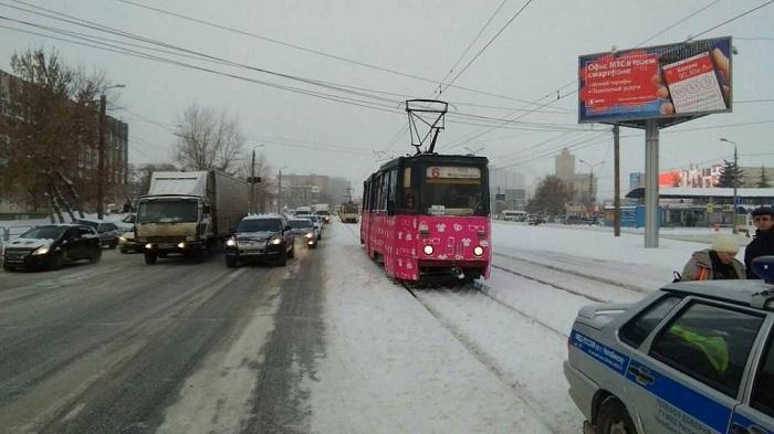 ВЧелябинске из-за резкого торможения пострадала пассажирка трамвая