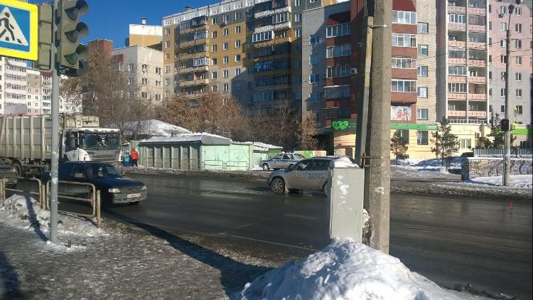 ВЧелябинске 15-летняя школьница угодила под колеса иномарки