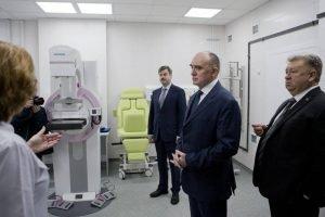 Борис Дубровский посетил несколько медицинских объектов в Челябинске