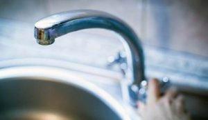 Ни попить, ни умыться. Из-за аварии 65 тысяч южноуральцев остались без воды