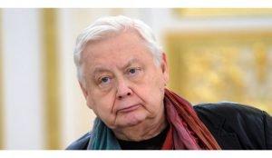 Олега Табакова положили в больницу