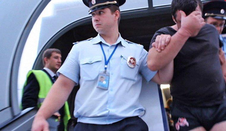В России приняли закон о черных списках авиадебоширов