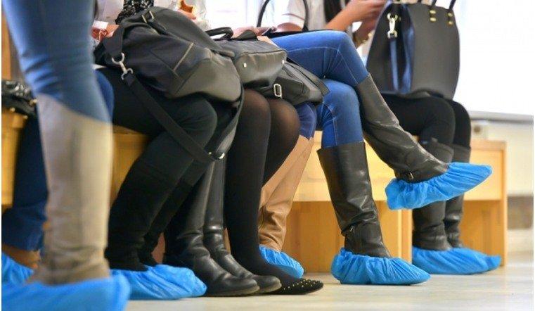 Начелябинскую клинику подали всуд заотсутствие бесплатных бахил