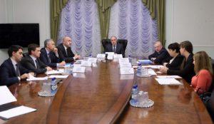 Дубровский провел встречу с дольщиками