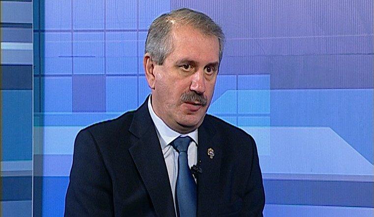 Гость программы – министр физической культуры и спорта региона Леонид Одер