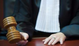 Мировой судья в Еманжелинске пострадал от рук преступника