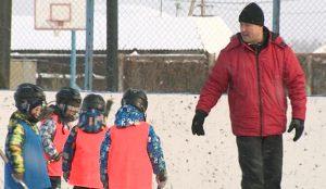 Спортивные занятия посещают и мальчики, и девочки