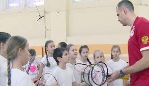 В Челябинских школах стартовали открытые уроки с участием именитых спортсменов