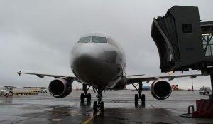 Самолет, летевший в Челябинск, экстренно сел в Казани