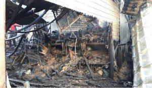 В Златоусте сгорел приют для животных