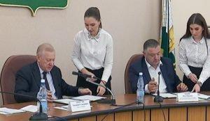 Челябинские профсоюзы, работодатели и власти города подписали соглашение
