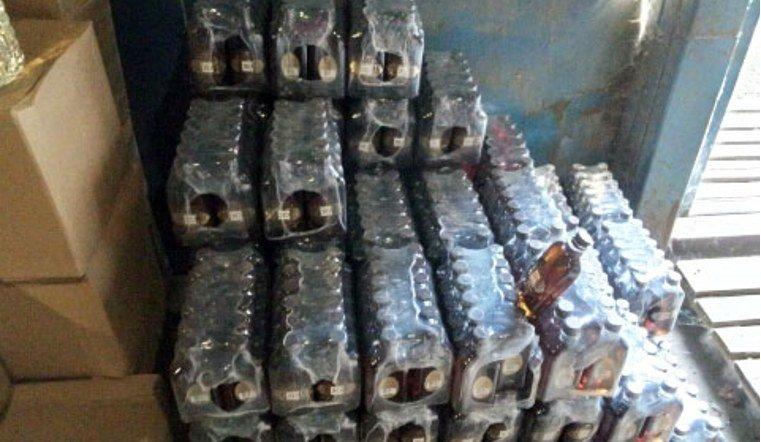 В гаражном боксе полицейские Челябинска обнаружили контрафактный алкоголь
