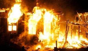 В Сосновском районе сгорел дом вместе с хозяевами