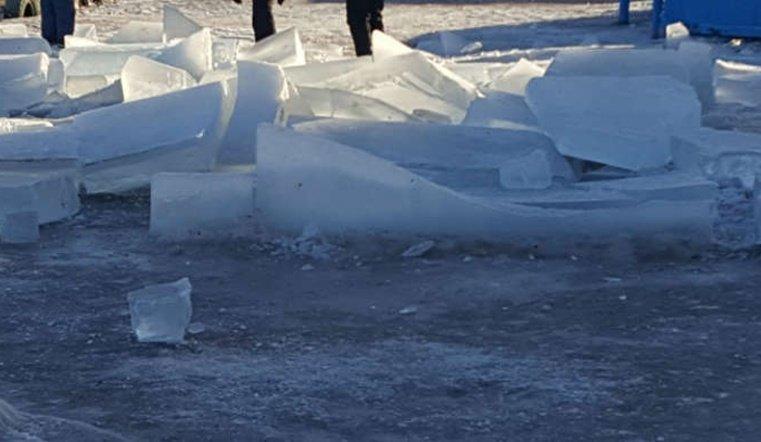 ВКусе подростки разрушили ледовый городок