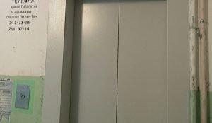 В некоторых домах ремонт подъемников затянулся почти на полгода