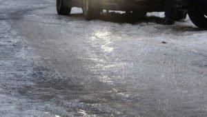 Пр. Победы в Челябинске пострадал из-за прорыва водовода