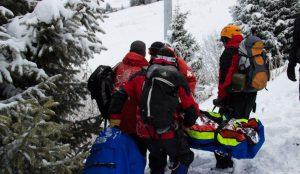 С Двуглавой сопки на Таганае эвакуировали пострадавшую туристку