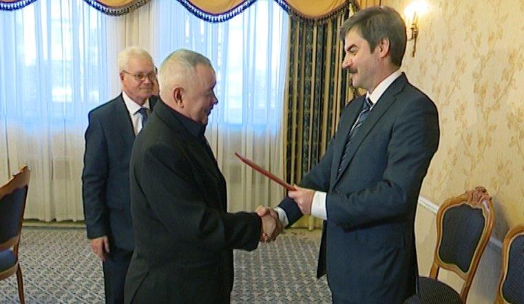Редин поздравил с юбилеем сразу трех титулованных наставников