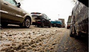 Челябинцы просят власти отказаться от обработки дорог реагентами