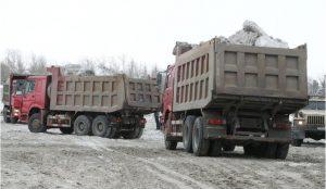 В Челябинск борется с последствиями прошедшего снегопада