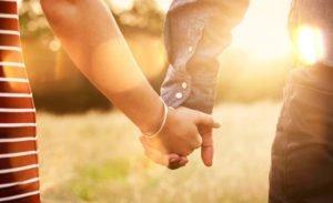 семья руки равноправие