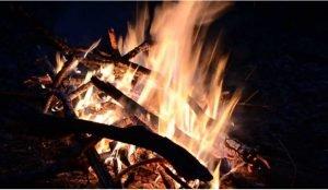 В Саткинском районе огнеборцы спасли дом от пожара