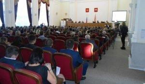 Дубровский утвердил список из 19 членов Общественной палаты