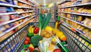 Россияне стали лучше жить и перестали экономить на еде