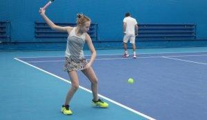 В Челябинске открылся круглосуточный теннисный корт