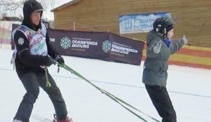 В Миассе на горнолыжном склоне реабилитируют детей с ограниченными возможностями