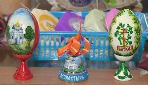 Пасхальные украшения делают традиционным способом