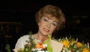 В Челябинске отменили концерт Эдиты Пьехи