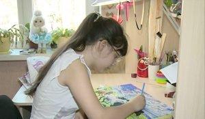 Наде Булаевой всего 11 лет, но ее уже называют талантливой художницей