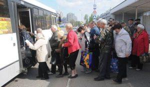 В Челябинске начали курсировать садовые автобусы
