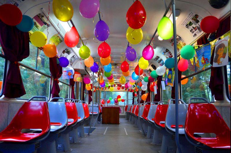 Поулицам Челябинска проедет музыкальный трамвай