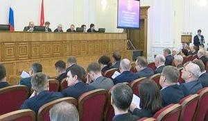 В Законодательном Собрании прошли публичные слушания