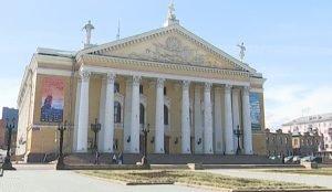 Площадь Ярославского – одна из центральных в Челябинске и самая старая