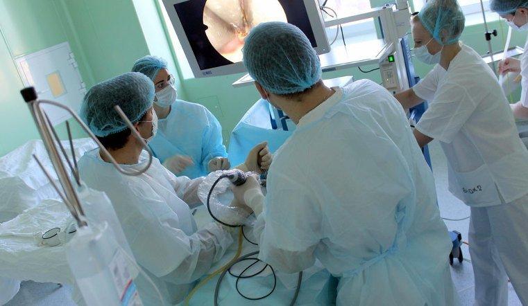 Южноуральские нейрохирурги удаляют раковые опухоли через нос