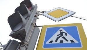 На перекрестке Блюхера-Доватора не работает светофор