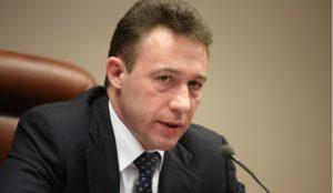 Президент уволил Игоря Холманских