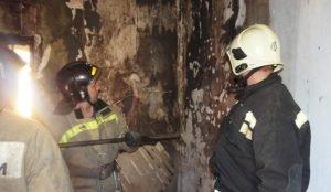 На пожаре в Копейске спасли троих маленьких детей