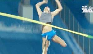 Курьезный прыжок челябинского легкоатлета