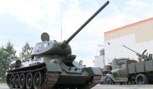 Киберспртсмены пересели в настоящий танк
