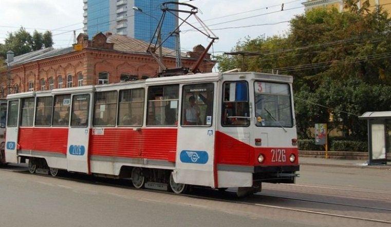 В Челябинске из-за шаурмы встали трамваи
