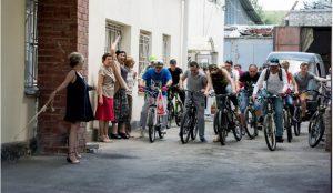 Камерный театр отметит отпуск велопробегом