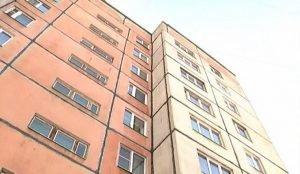 В Магнитогорске собаку сбросили с 10 этажа