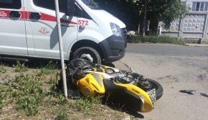 Мотоцикл протаранил иномарку в Челябинске
